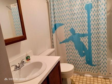Edgartown, In Katama off Meeting House Wa Martha's Vineyard vacation rental - Downstairs full bath
