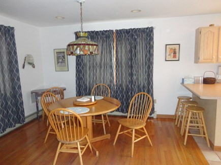 Edgartown Martha's Vineyard vacation rental - Dining area includes table and breakfast bar (seats 7 total)