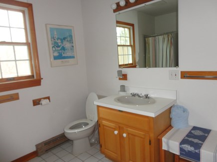 Edgartown Martha's Vineyard vacation rental - Bathroom 2 with bathtub and shower