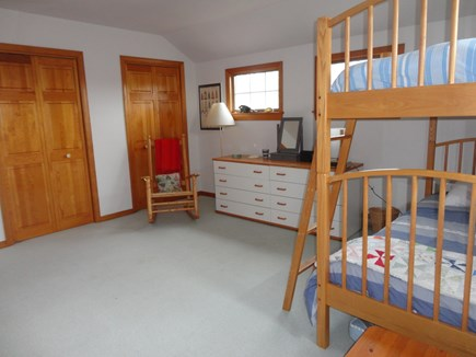 Edgartown Martha's Vineyard vacation rental - Bunk bed and trundle bed bedroom (angle 2)