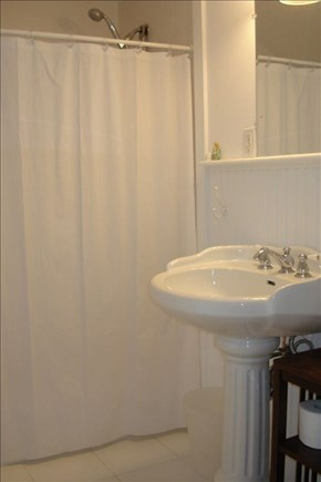 Vineyard Haven Martha's Vineyard vacation rental - Hall bathroom (2nd floor)
