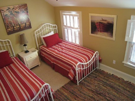 oak bluffs Martha's Vineyard vacation rental - Spacious Bedrooms