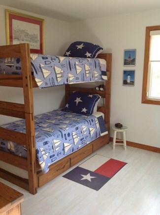 Katama - Edgartown Martha's Vineyard vacation rental - Bunk beds with trundle sleeps 3