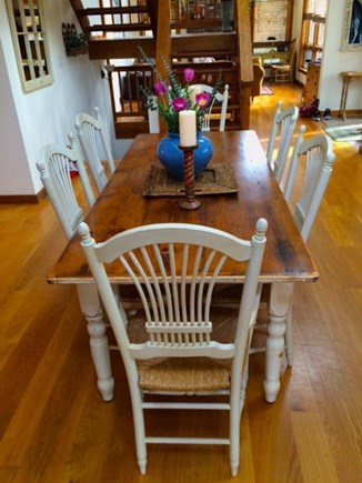 Oak Bluffs - Meadow View Farms Martha's Vineyard vacation rental - Spacious dining area for family and entertaining.