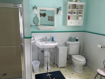 Edgartown Martha's Vineyard vacation rental - Main house bathroom with shower and tub