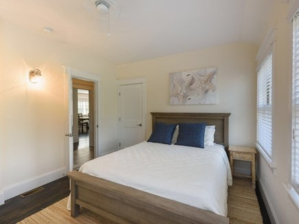 Vineyard Haven Martha's Vineyard vacation rental - 1st Floor- Queen Bed with en-suite full bathroom