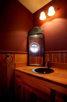 West Tisbury Martha's Vineyard vacation rental - Powder room