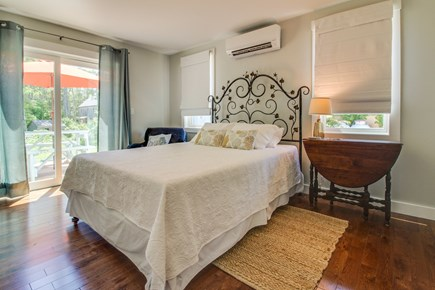 Vineyard Haven Martha's Vineyard vacation rental - Nicely furnished master bedroom