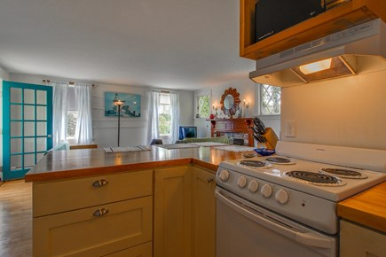 Vineyard Haven Martha's Vineyard vacation rental - Make a full-course breakfast before a day at the beach