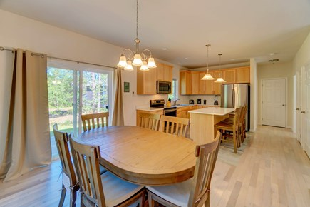 Oak Bluffs Martha's Vineyard vacation rental - Gather around the table before heading out to the town