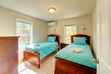 Oak Bluffs Martha's Vineyard vacation rental - The kids will love their nightly sleepover in these twin size bed