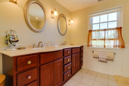 Edgartown Martha's Vineyard vacation rental - Large counter top for everyone to have their own space
