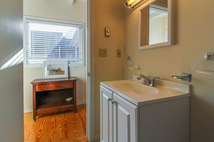 Oak Bluffs Martha's Vineyard vacation rental - This second bathroom makes it easy for everyone to get ready.