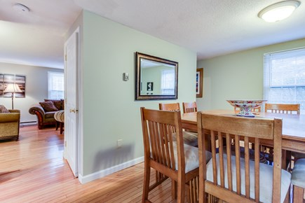 Oak Bluffs Martha's Vineyard vacation rental - Gather around to table with friends and family.