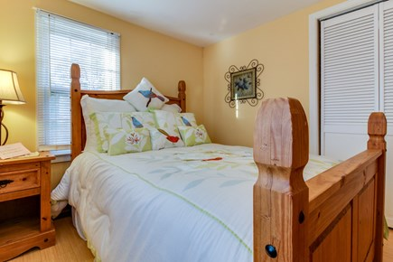 Oak Bluffs Martha's Vineyard vacation rental - Rest your head after a long day in this twin size bed.