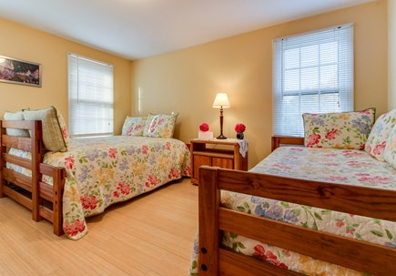 Oak Bluffs Martha's Vineyard vacation rental - Guest will love sleeping on these comfy twin sized beds.