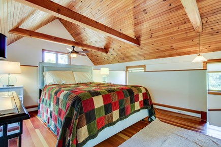 Oak Bluffs Martha's Vineyard vacation rental - Get a great night's sleep in this queen size bed.