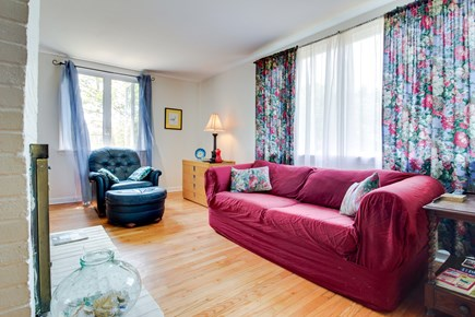 Oak Bluffs Martha's Vineyard vacation rental - Read a book on a comfortable red couch or leather armchair