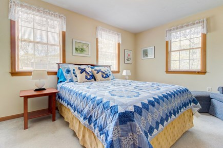 Oak Bluffs Martha's Vineyard vacation rental - A queen bed with plenty of space and comforts of home