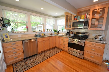 Oak Bluffs Martha's Vineyard vacation rental - Expansive Kitchen
