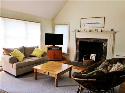 Vineyard Haven Martha's Vineyard vacation rental - Living room