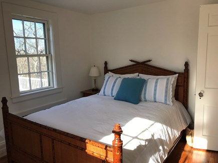 Vineyard Haven Martha's Vineyard vacation rental - Queen bedroom