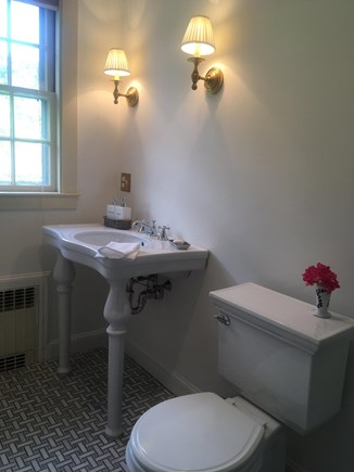 Vineyard Haven Martha's Vineyard vacation rental - Master Bath