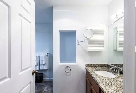 Oak Bluffs Martha's Vineyard vacation rental - En suite Master Bathroom