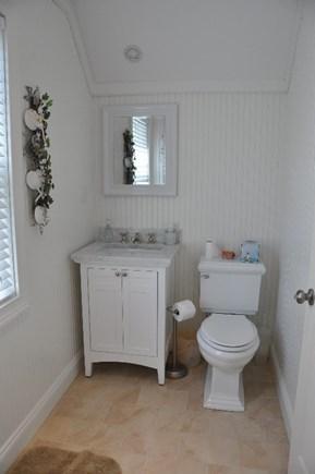 Edgartown Martha's Vineyard vacation rental - Upstairs bathroom