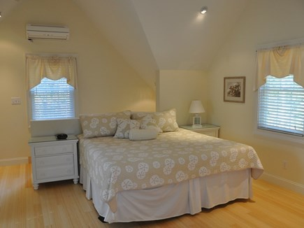 Edgartown Martha's Vineyard vacation rental - (Upstairs) Bedroom with a/c unit over the window