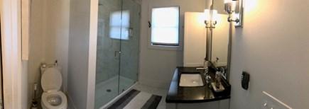 Edgartown Martha's Vineyard vacation rental - 2nd floor bath