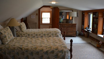 Edgartown, Katama Martha's Vineyard vacation rental - Second floor bedroom - 2 Twin beds