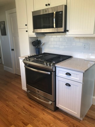 Oak Bluffs Martha's Vineyard vacation rental - Kitchen with five-burner gas range