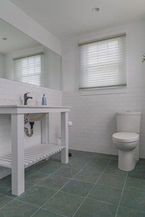 Oak Bluffs Martha's Vineyard vacation rental - First floor bathroom.