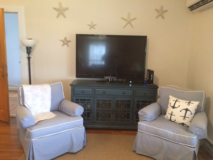 Oak Bluffs Martha's Vineyard vacation rental - Giant TV with WIFI & CableFor the guys, sports never stop