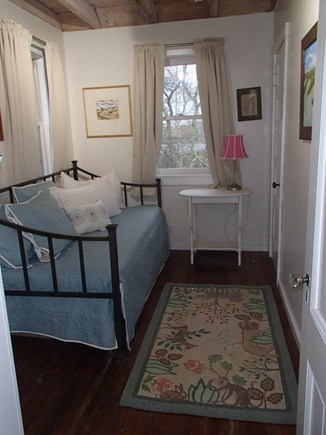 Edgartown Martha's Vineyard vacation rental - Second floor trundle bedroom.