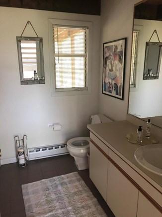 Oak Bluffs Martha's Vineyard vacation rental - Powder and Laundry Room