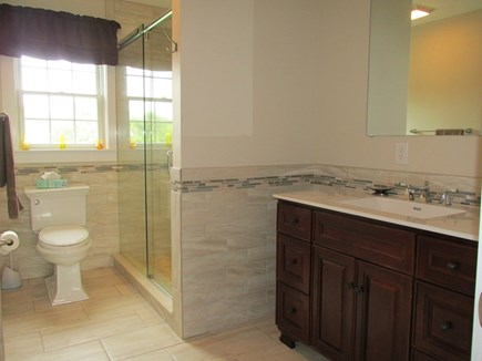 Edgartown Martha's Vineyard vacation rental - Master Bath 2nd Floor