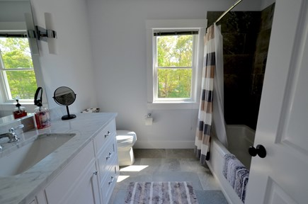 Oak Bluffs Martha's Vineyard vacation rental - 2nd Floor Bath