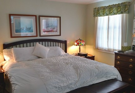 Oak Bluffs, East Chop Martha's Vineyard vacation rental - First floor master bedroom with king bed