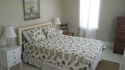 Oak Bluffs Martha's Vineyard vacation rental - 1st floor queen bedroom