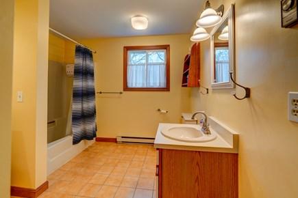 Edgartown Martha's Vineyard vacation rental - Bathroom for returning from the beach