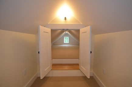 Vineyard Haven, Tisbury Martha's Vineyard vacation rental - Secret room
