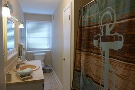 Oak Bluffs Martha's Vineyard vacation rental - 1st Fl Full Bath