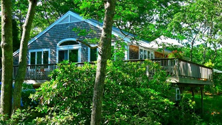 Oak Bluffs, Vineyard Haven Martha's Vineyard vacation rental - ...you will see this as you drive closer