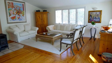Oak Bluffs, Vineyard Haven Martha's Vineyard vacation rental - Living room