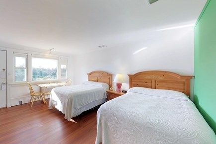 Oak Bluffs Martha's Vineyard vacation rental - The beds sleep 4
