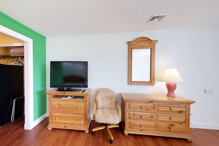 Oak Bluffs Martha's Vineyard vacation rental - Relax with the TV!