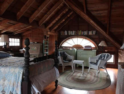 Oak Bluffs, Harthaven Martha's Vineyard vacation rental - 2nd of 4 double beds