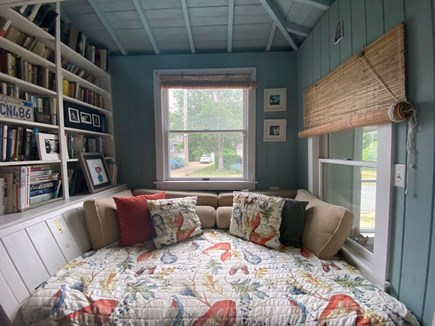 Oak Bluffs Martha's Vineyard vacation rental - Cozy double daybed in study for reading or napping.